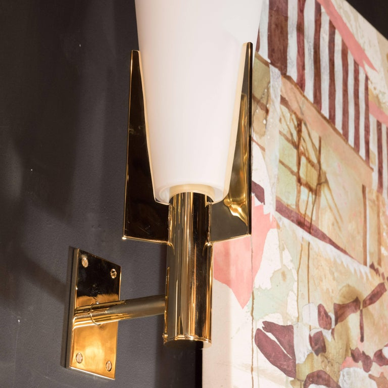 Italian Modernist Brass and Frosted Murano Glass Sconces in Style of Gio Ponti In Excellent Condition For Sale In New York, NY