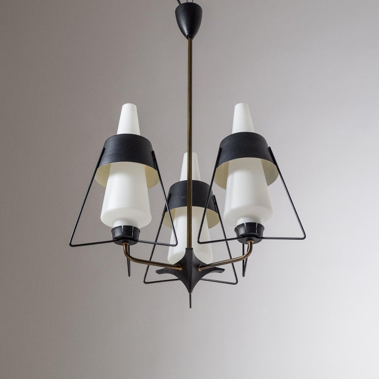 Italian Modernist Chandelier, 1950s In Good Condition For Sale In Vienna, AT