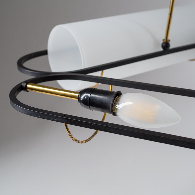 Italian Modernist Chandelier, 1950s, Satin Glass and Brass For Sale 5