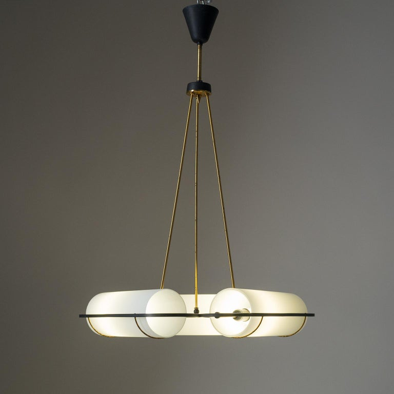 Italian Modernist Chandelier, 1950s, Satin Glass and Brass For Sale 10