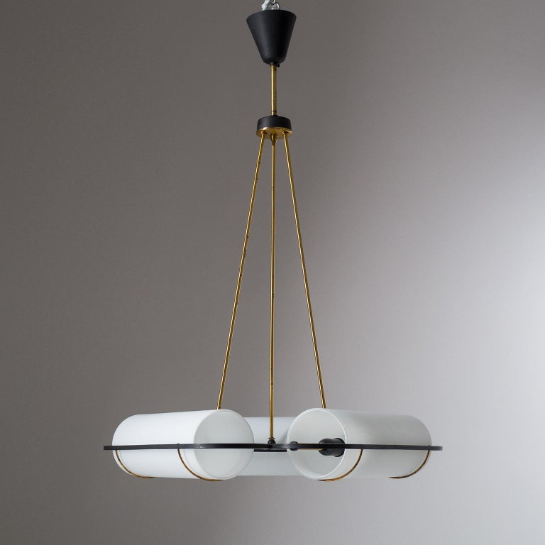 Italian Modernist Chandelier, 1950s, Satin Glass and Brass For Sale 11