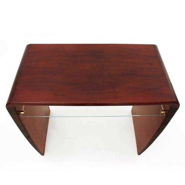 Italian Modernist Console Desk with Glass Shelf, 1940s For Sale 5