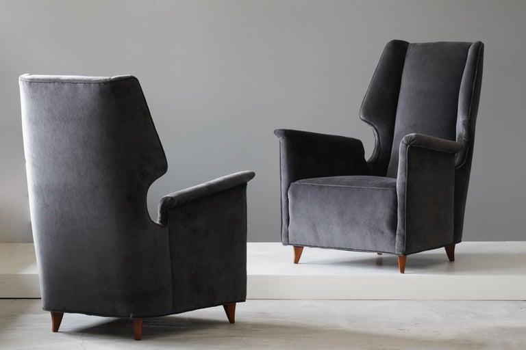 Mid-Century Modern Italian Modernist Designer, Lounge Chairs, Grey Velvet, Wood, Italy, 1950s For Sale