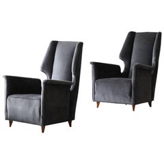 Italian Modernist Designer, Lounge Chairs, Grey Velvet, Wood, Italy, 1950s