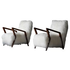 Italian Modernist Designer, Lounge Chairs, Walnut, White Sheepskin, Italy, 1950s
