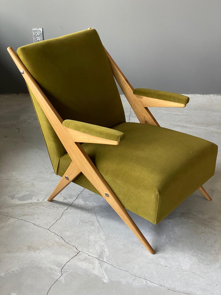 Mid-Century Modern Italian, Modernist Lounge Chairs, Light Wood, Green Velvet, Italy, 1960s For Sale