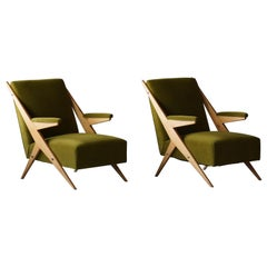 Italian, Modernist Lounge Chairs, Light Wood, Green Velvet, Italy, 1960s