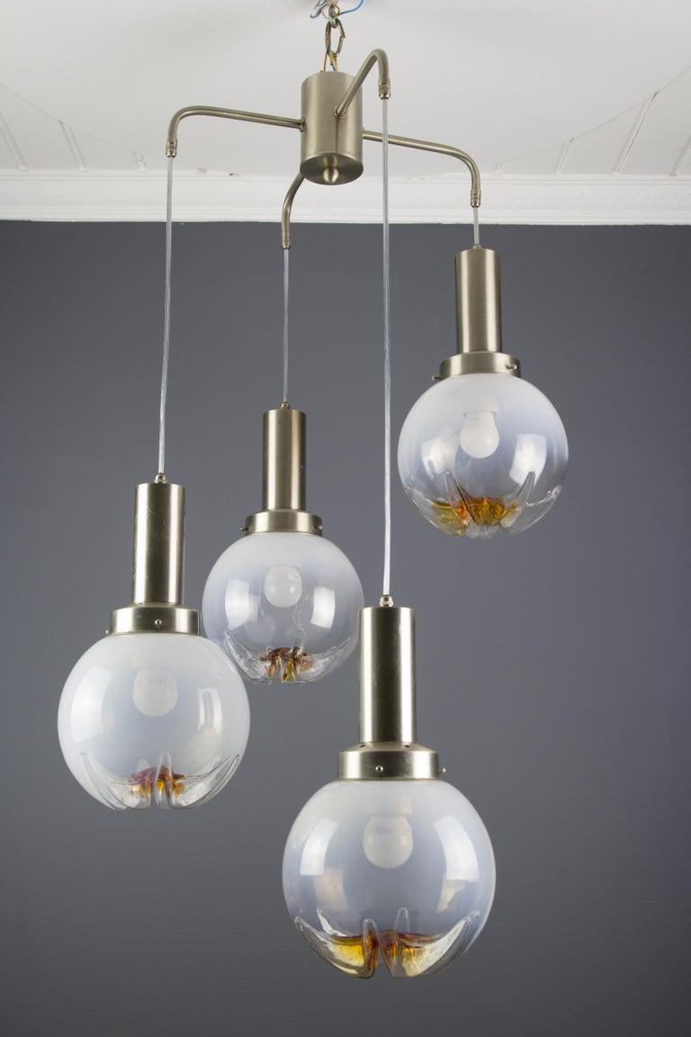 Italian Modernist Murano Art Glass Four-Light Cascade Chandelier, 1970s In Good Condition For Sale In Barntrup, DE