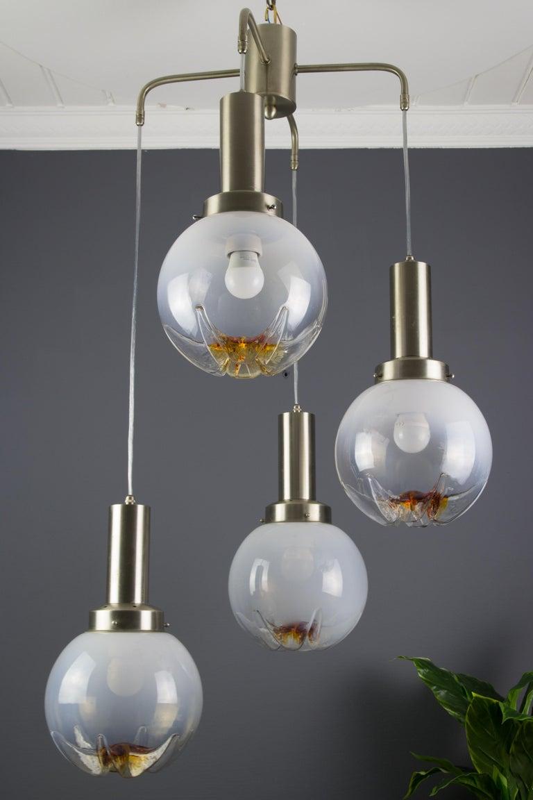 Italian Modernist Murano Art Glass Four-Light Cascade Chandelier, 1970s For Sale 1