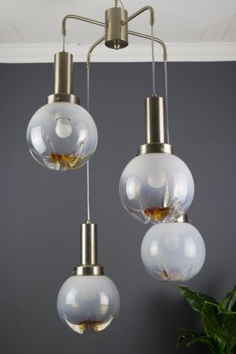 Italian Modernist Murano Art Glass Four-Light Cascade Chandelier, 1970s For Sale 2