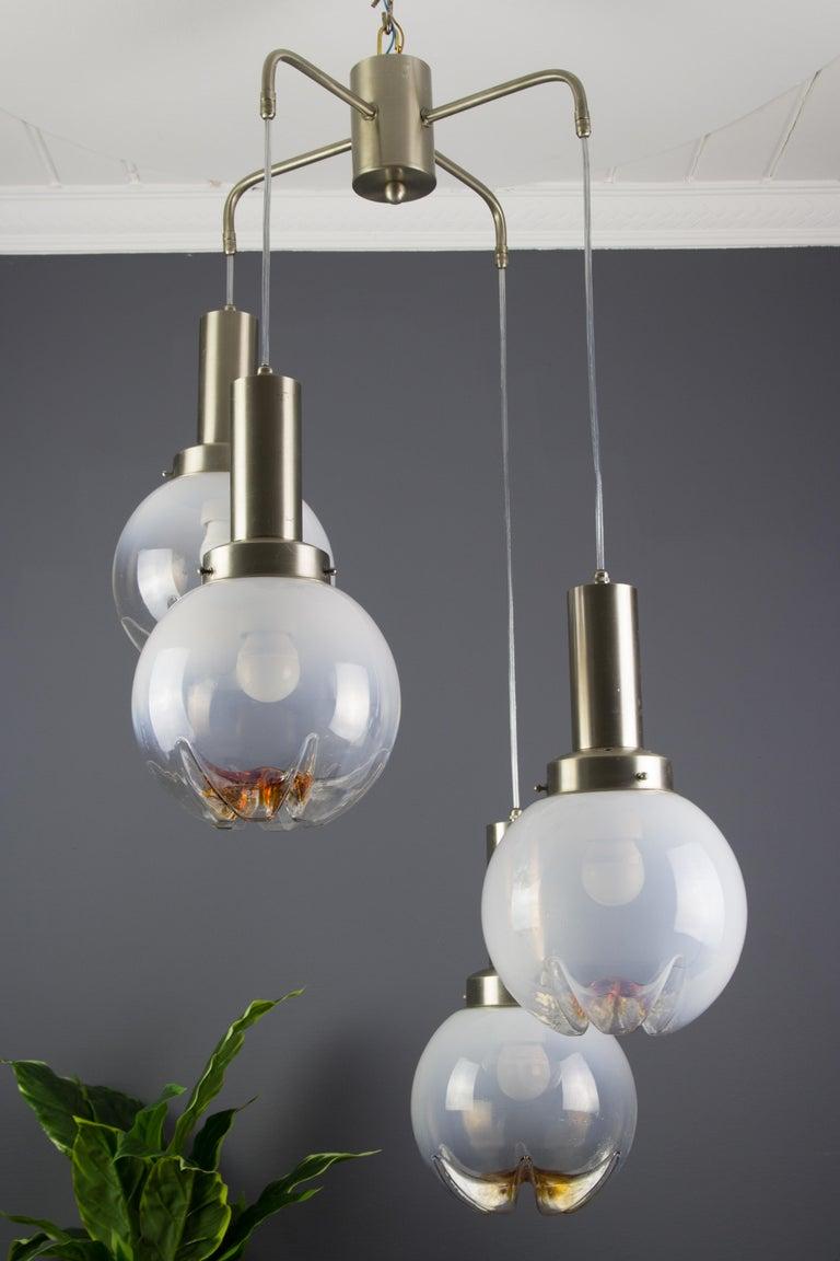 Italian Modernist Murano Art Glass Four-Light Cascade Chandelier, 1970s For Sale 3