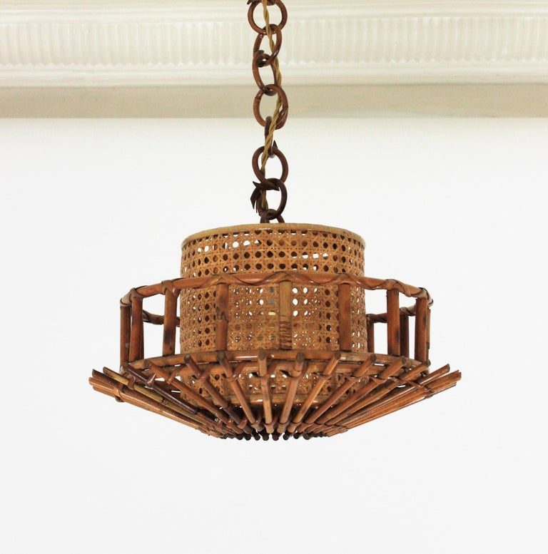 Italian Modernist Rattan Pendant Hanging Light with Woven Wicker Shade, 1960s For Sale 5