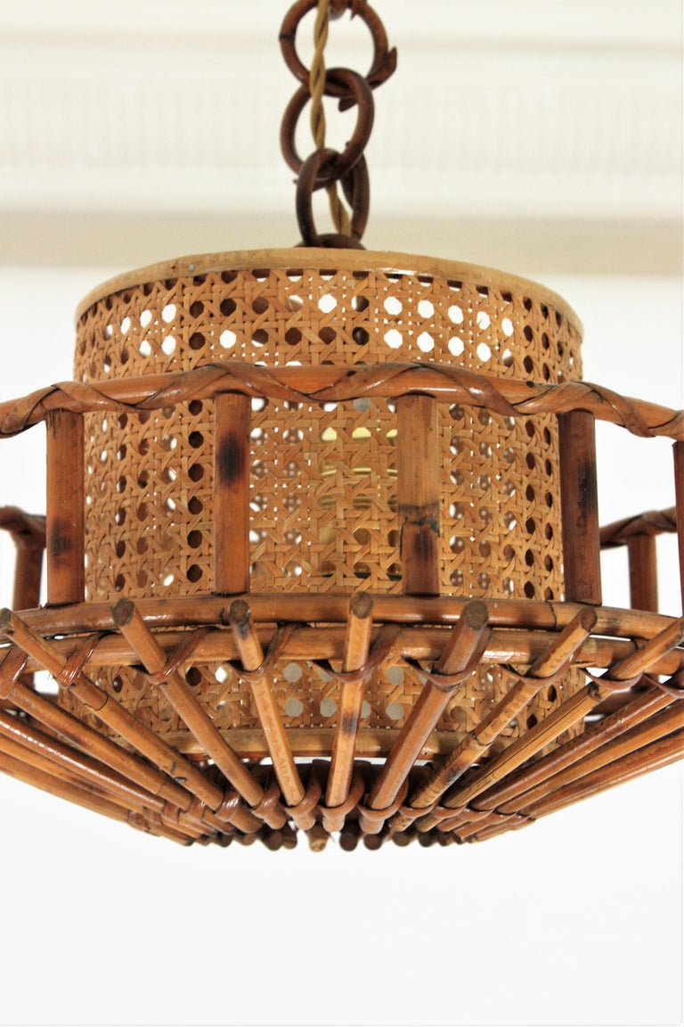 Italian Modernist Rattan Pendant Hanging Light with Woven Wicker Shade, 1960s For Sale 1