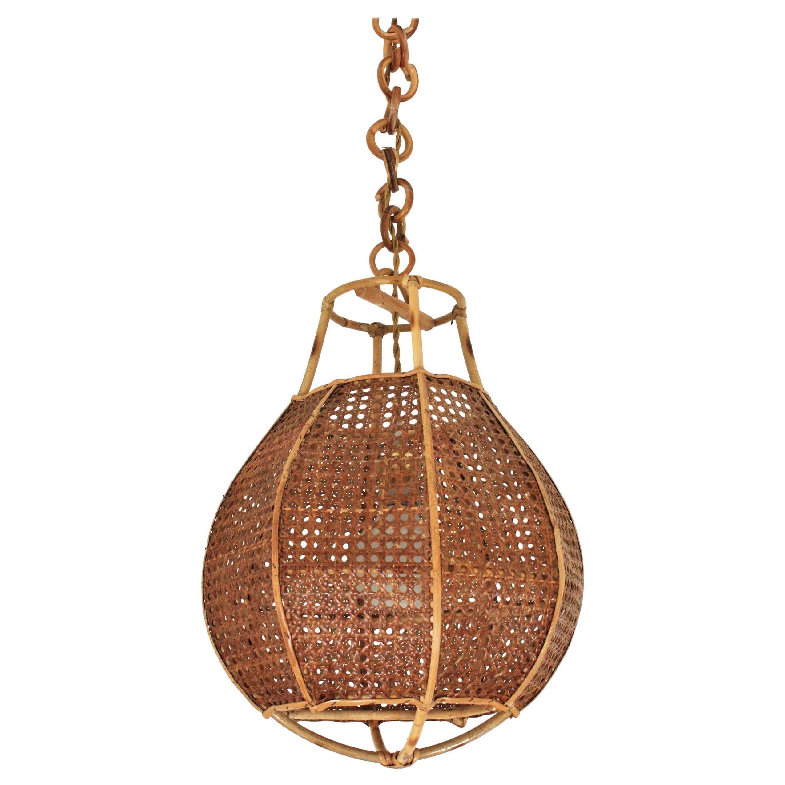 Italian Modernist Wicker Wire and Rattan Globe Pendant or Hanging Light, 1950s