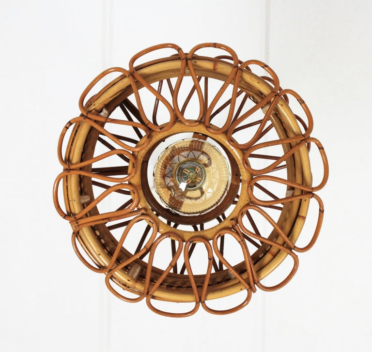Italian Modernist Wicker Wire and Rattan Pendant Hanging Light, 1950s For Sale 4