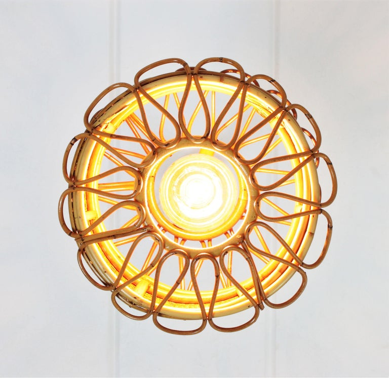 Italian Modernist Wicker Wire and Rattan Pendant Hanging Light, 1950s For Sale 5
