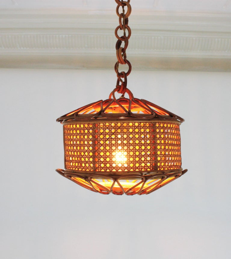 Italian Modernist Wicker Wire and Rattan Pendant Hanging Light, 1950s For Sale 7