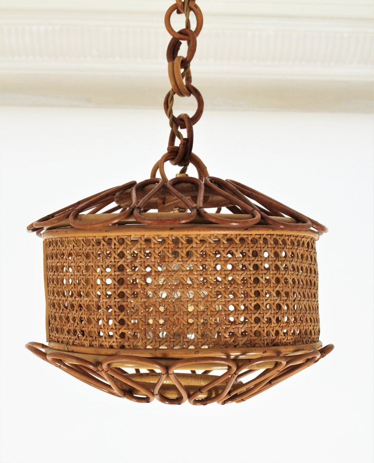 Mid-Century Modern Italian Modernist Wicker Wire and Rattan Pendant Hanging Light, 1950s For Sale