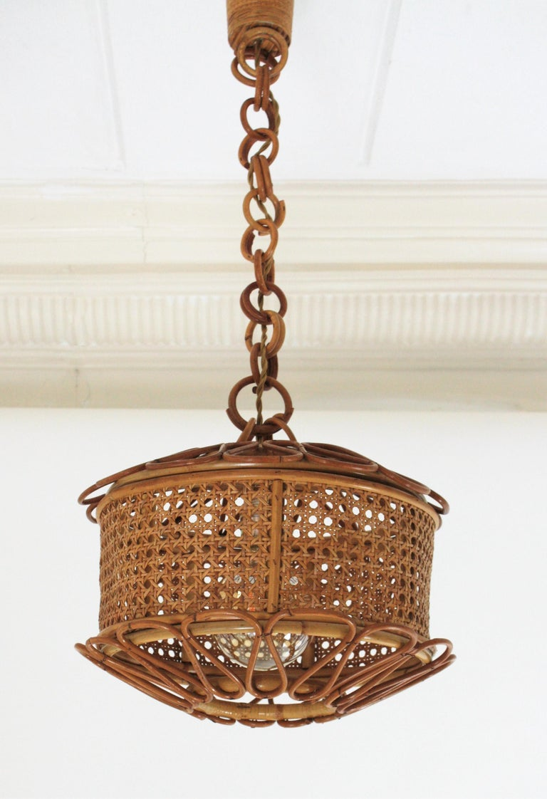 20th Century Italian Modernist Wicker Wire and Rattan Pendant Hanging Light, 1950s For Sale