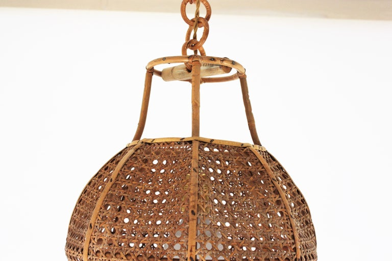 Italian Modernist Wicker Wire and Rattan Globe Pendant / Hanging Light, 1950s For Sale 10