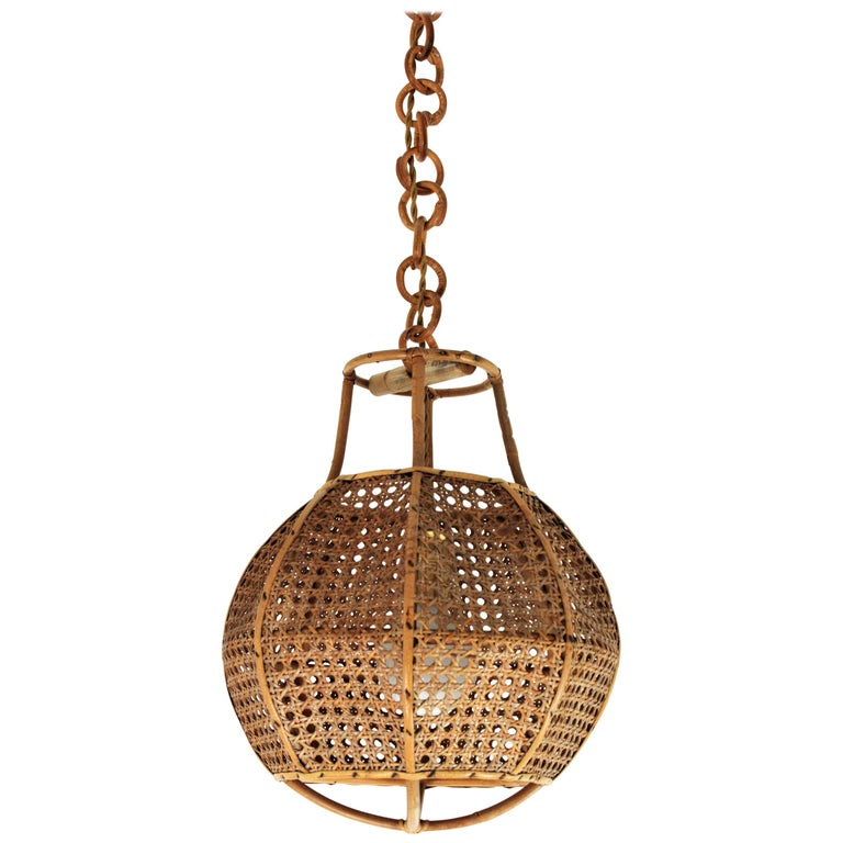 Italian Modernist Wicker Wire and Rattan Globe Pendant / Hanging Light, 1950s For Sale