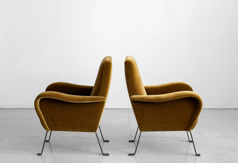 Italian Mohair Chairs In Good Condition For Sale In Los Angeles, CA