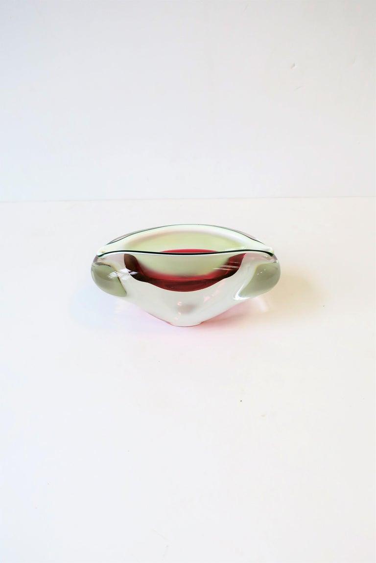 20th Century Italian Murano White and Pink Art Glass Bowl or Ashtray