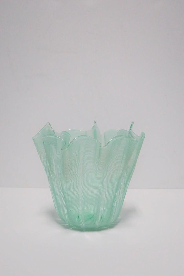 Italian Murano Art Glass Handkerchief Vase For Sale 1