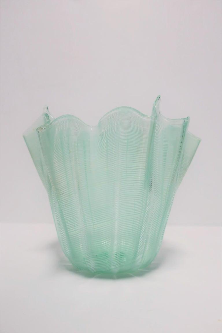Italian Murano Art Glass Handkerchief Vase For Sale 2