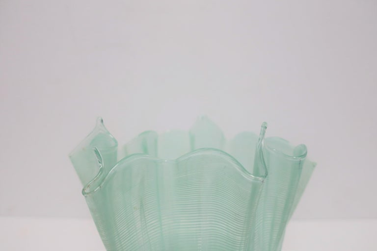 Italian Murano Art Glass Handkerchief Vase For Sale 4