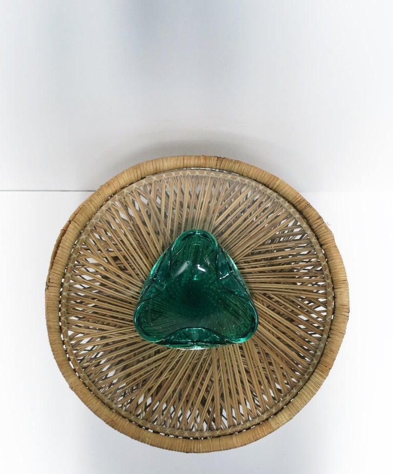 Italian Murano Emerald Green Art Glass Bowl after Seguso For Sale 3