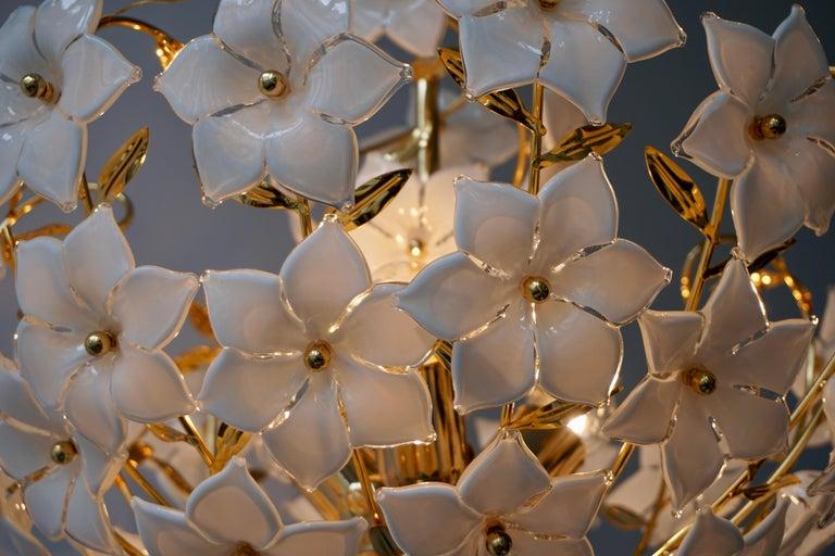 Italian Murano Flower Bouquet Art Glass Gilt Brass Chandelier For Sale 6