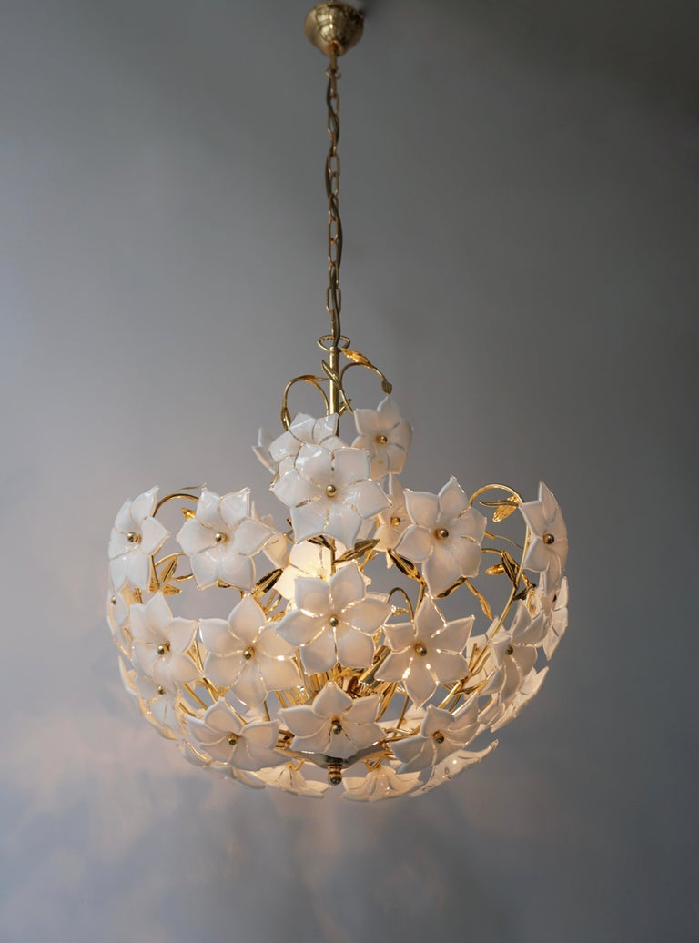 20th Century Italian Murano Flower Bouquet Art Glass Gilt Brass Chandelier For Sale