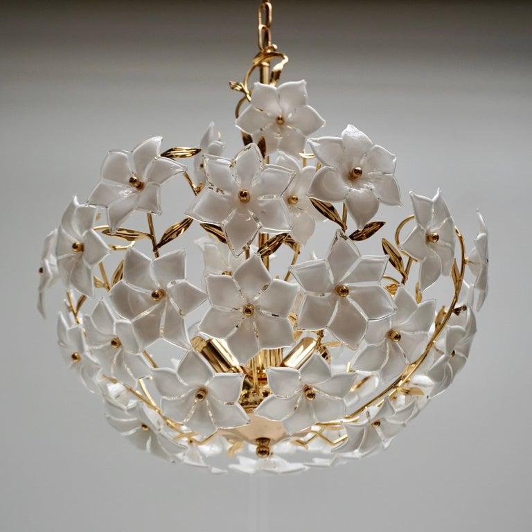 Italian Murano Flower Bouquet Art Glass Gilt Brass Chandelier For Sale 1