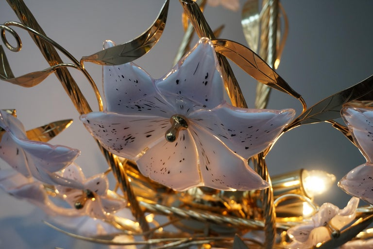 Italian Murano Glass and Brass Flowers Chandelier White and Pink For Sale 7