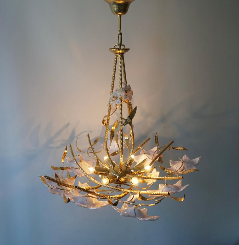 Italian Murano Glass and Brass Flowers Chandelier White and Pink For Sale 1