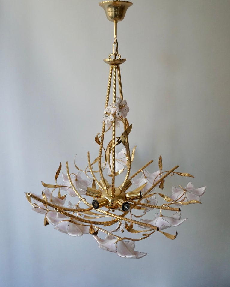 Italian Murano Glass and Brass Flowers Chandelier White and Pink For Sale 2