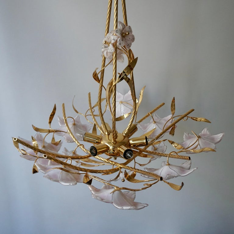 Italian Murano Glass and Brass Flowers Chandelier White and Pink For Sale 3