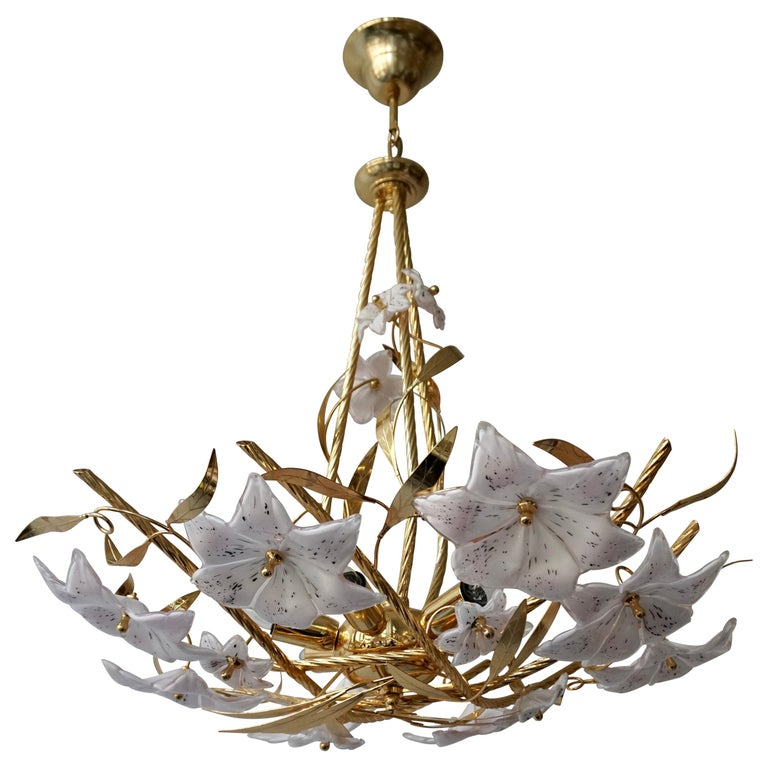 Italian Murano Glass and Brass Flowers Chandelier White and Pink For Sale