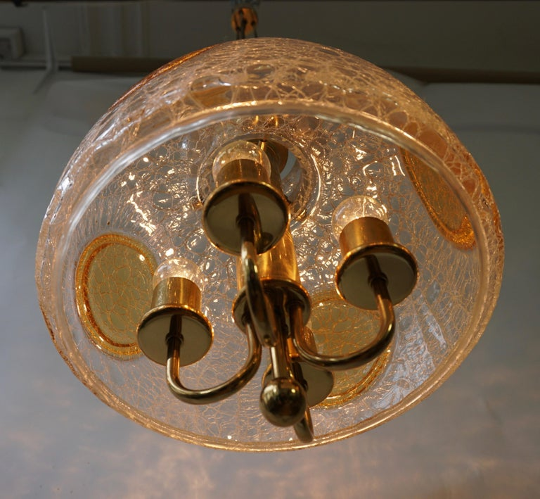 Italian Murano Glass and Brass Pendant Light In Good Condition For Sale In Antwerp, BE