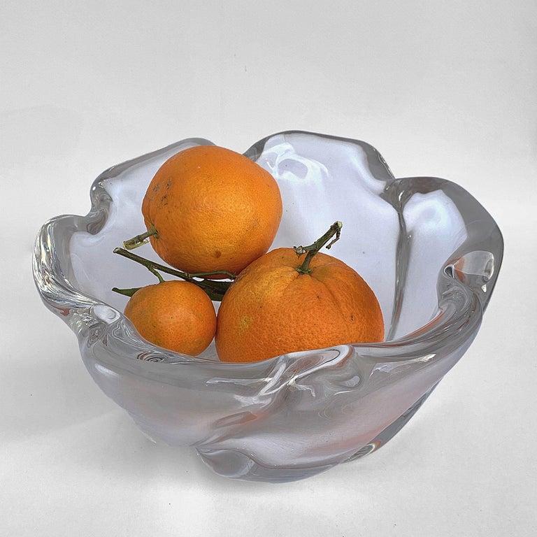 Mid-Century Modern Italian Murano Glass Bowl Centerpiece, Italy, 1950s For Sale