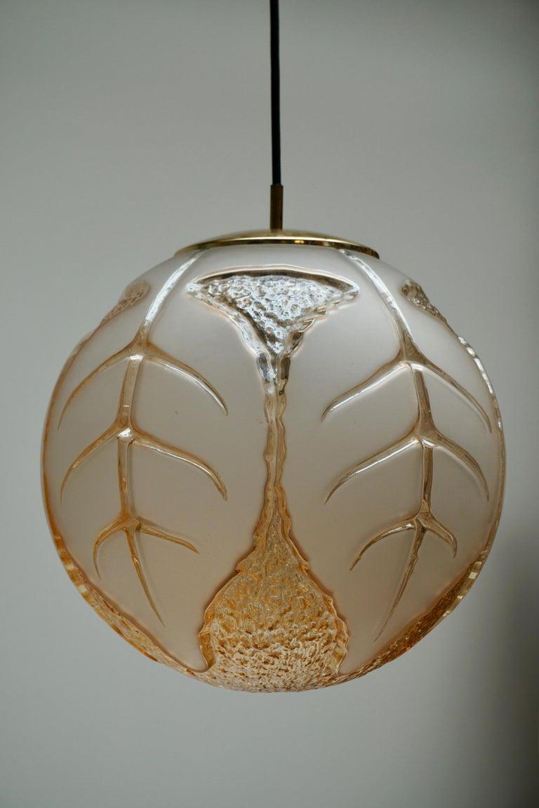 Italian Murano glass ceiling lamp. Measures: Diameter 37 cm. Height 35 cm. Total height 80 cm.