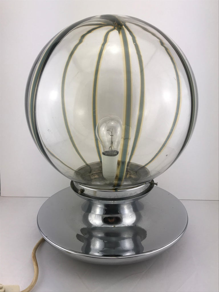 Italian table lamp in Murano glass with chrome base  1960s.