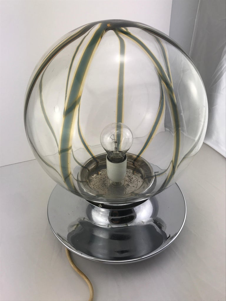 Mid century Modern Italian Murano Glass Spherical Table Lamp In Chrome, 1960s In Good Condition For Sale In Byron Bay, NSW
