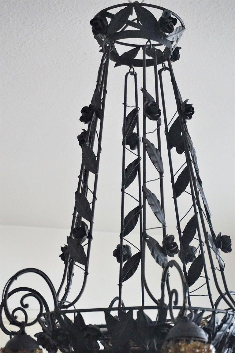 Italian Murano Glass Wrought Iron Seven-Light Chandelier, 1930s For Sale 2