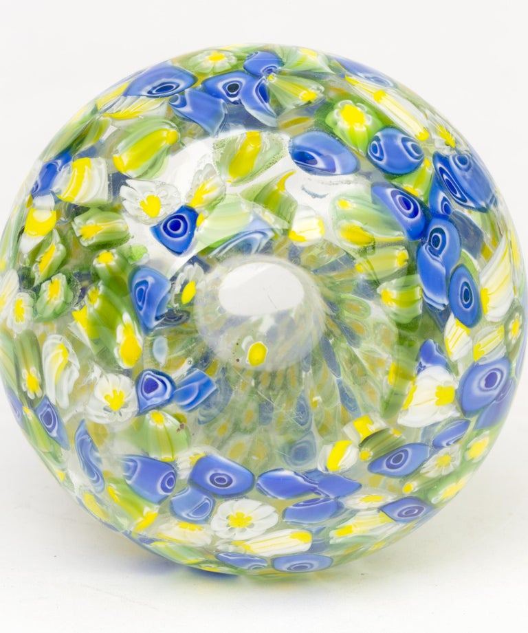 Italian Murano Midcentury Murrine Art Glass Vase For Sale 2