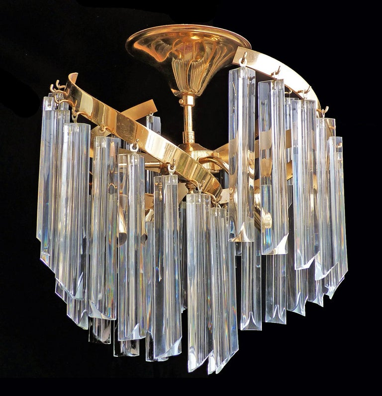 Italian Murano Spiral Venini Camer Triedi Clear Crystal Prism Gilt Chandelier In Excellent Condition For Sale In Coimbra, PT