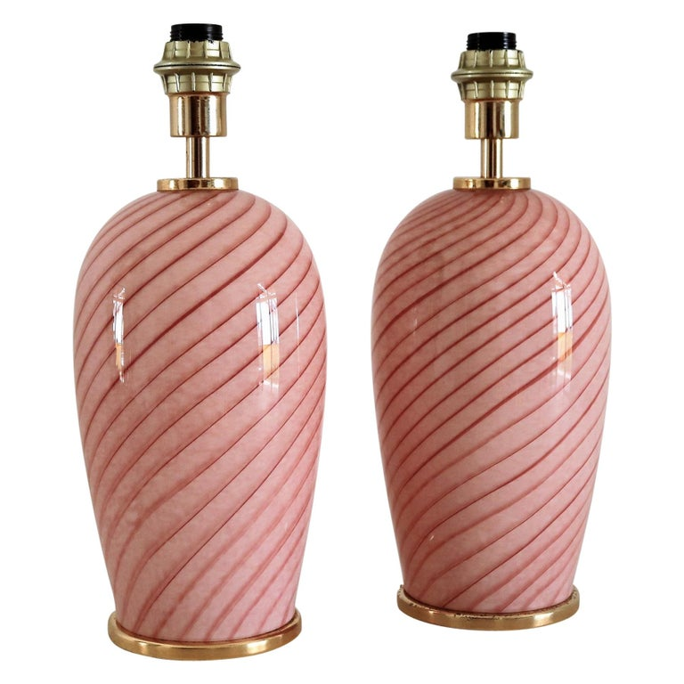 Italian Murano Swirl Glass Table Lamps in Pink, 1970, Set of Two For Sale