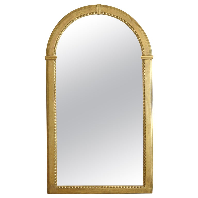 Italian Neoclassic Giltwood Arched Top Wall Mirror, circa 1800 For Sale