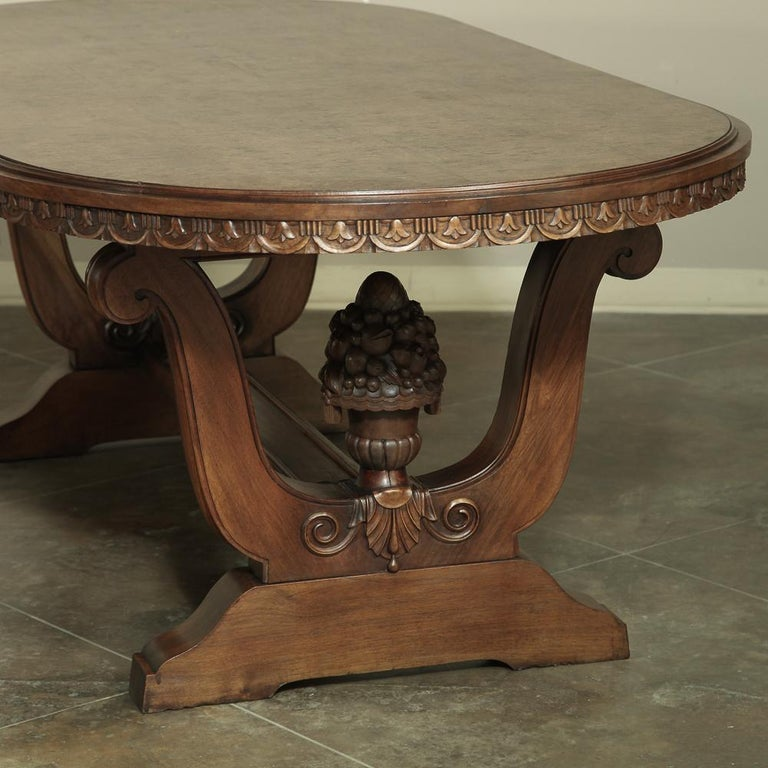 Italian Neoclassic Oval Walnut Dining Table For Sale 2